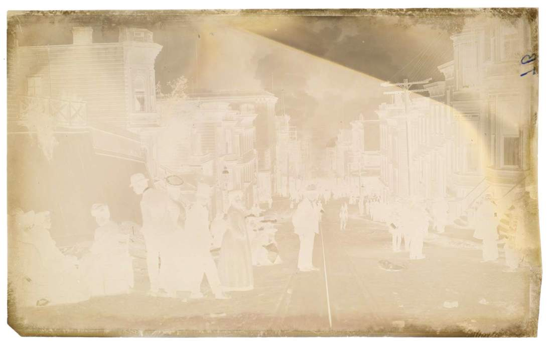 Apocalypse 1906: Photographs of the San Francisco Earthquake by Arnold Genthe